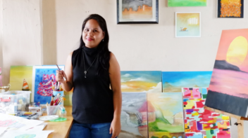 Success Story: This Breast Cancer Survivor Turned To Painting After Treatment, Eventually Running an Exhibit
